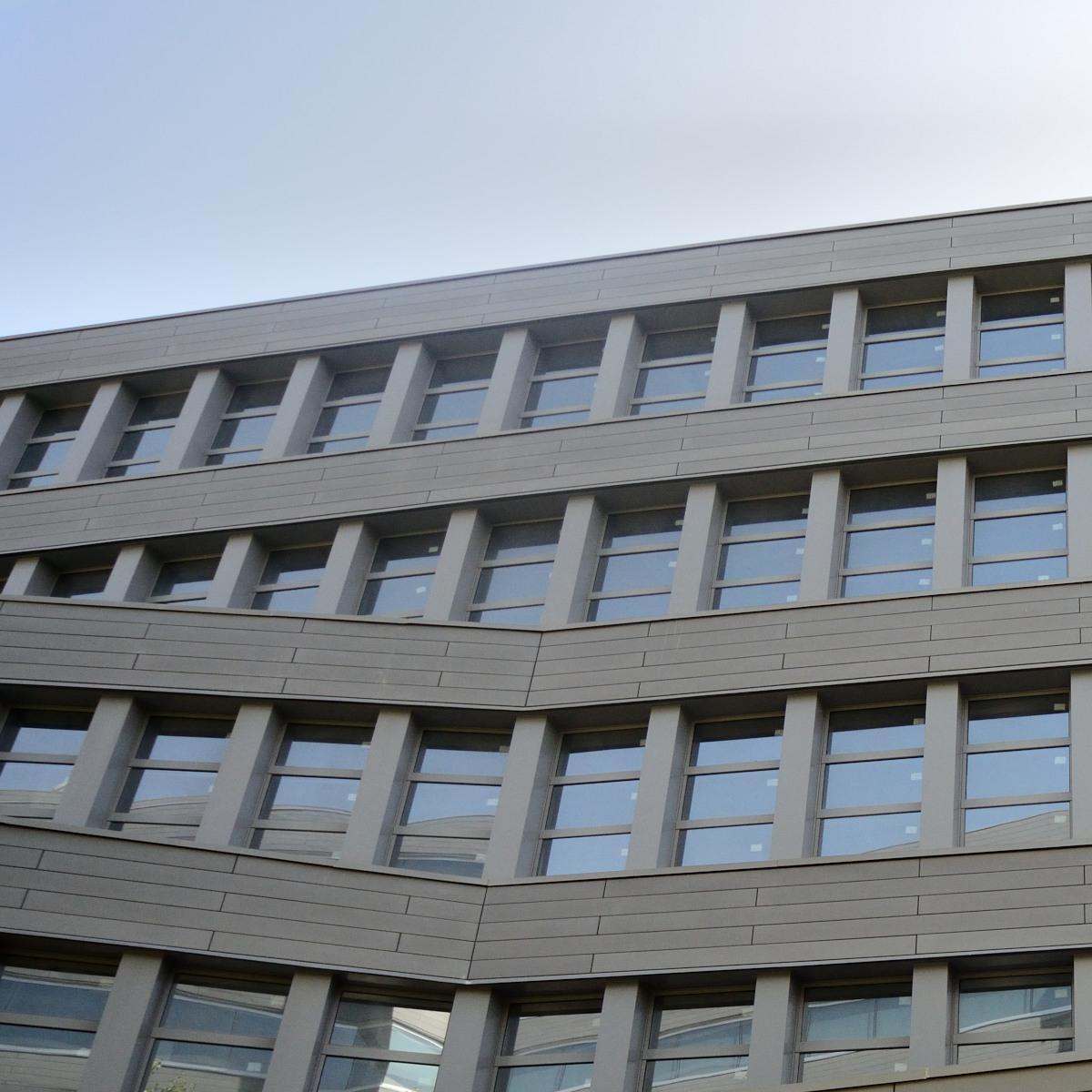 O procedimento e a competência para desafetação de área pública de uso especial situada na poligonal do porto organizado